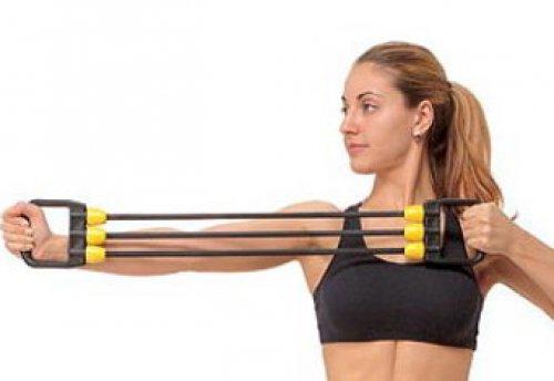 Эффективные упражнения с эспандером: как накачать мышцы груди.