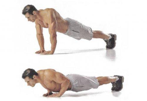 Зная, как накачать низ груди отжиманиями, можно эффективно прокачать мышцы
